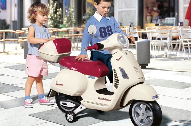 Vespa 12 V Scooter by Peg Perego